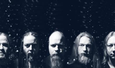 Retrato de primer plano de los cinco miembros de la banda danesa que es cabeza de cartel del encuentro