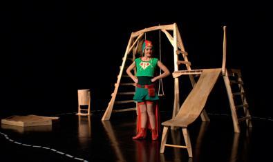 Fotografía del espectáculo con la Superbleda en el escenario