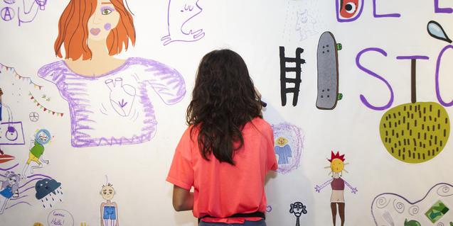 Barcelona Dibuixa ofereix tallers per a tota la família.
