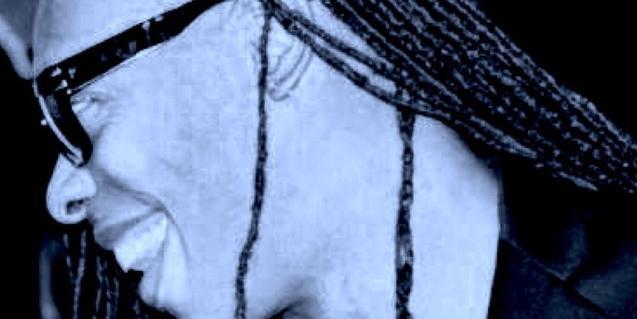 Un retrato de primer plano del artista nortamericano