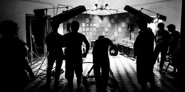 Un grupo musical graba un videoclip