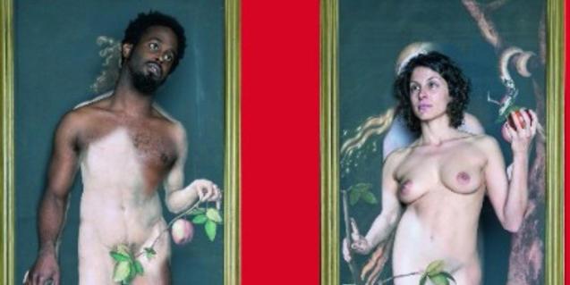 Els intèrprets de l'espectacle, caracteritzats com Adam i Eva