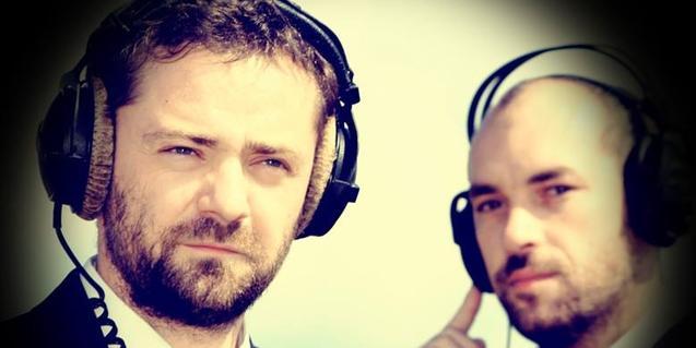 Los dos integrantes de la formación musical bosnia que colabora con Maja Bajevic