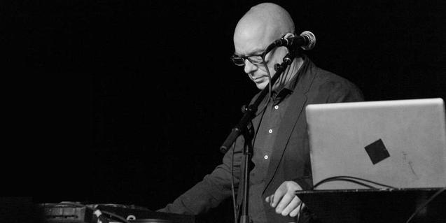 Diàleg entre Brian Eno i Evgeny Morozov