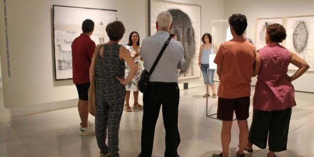 Podéis hacer una visita guiada por la exposición 'Monólogo, diálogo y concepto' en Can Framis
