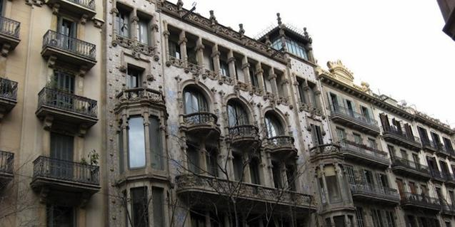 La Casa Thomas es uno de los puntos de la visita guiada 'El modernismo burgués de Domènech i Montaner'