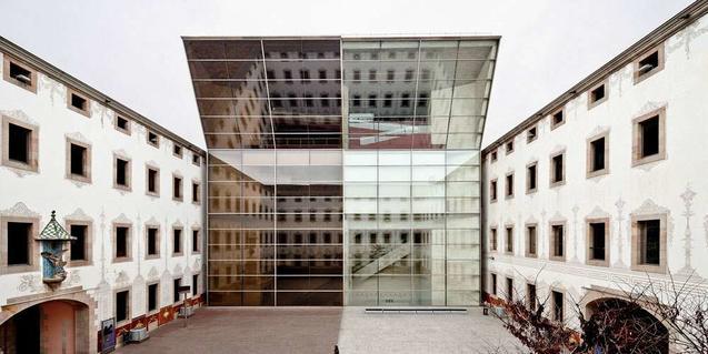 Sala Mirador is on the fifth floor of CCCB. © CCCB. Adrià Goula, 2011