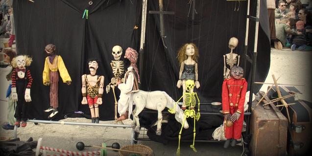 Fotografía de las marionetas del espectáculo