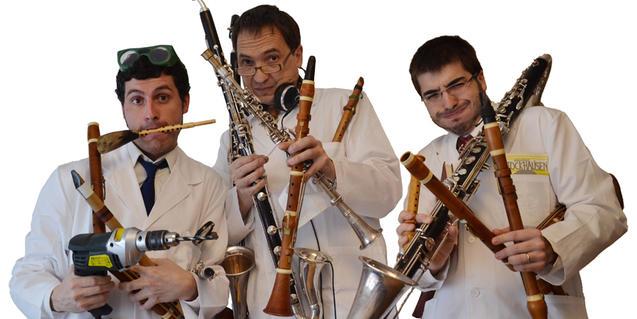 Fotografia dels tres músics de l'espectacle