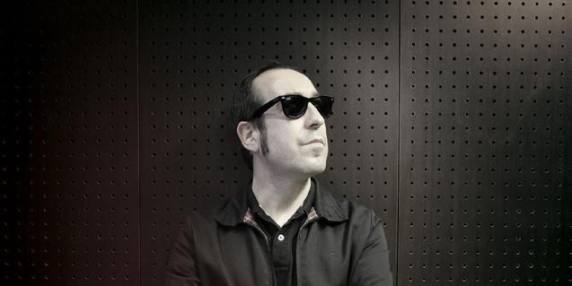 Retrato en blanco y negro de Raúl López alma de este proyecto musical