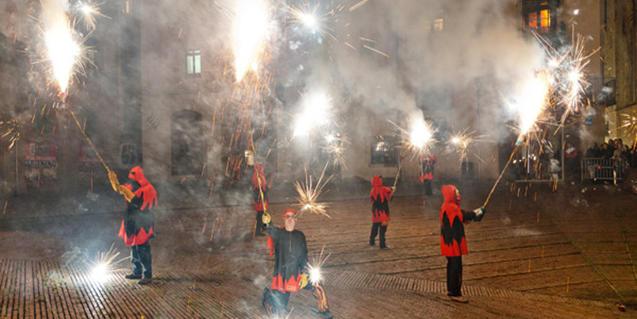 Correfoc d'una edició anterior de la Festa Major del Casc Antic