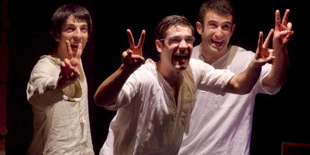 'Bollywood, Bombay, Barcelona', de Dúo Fàcil y Líquido Teatre