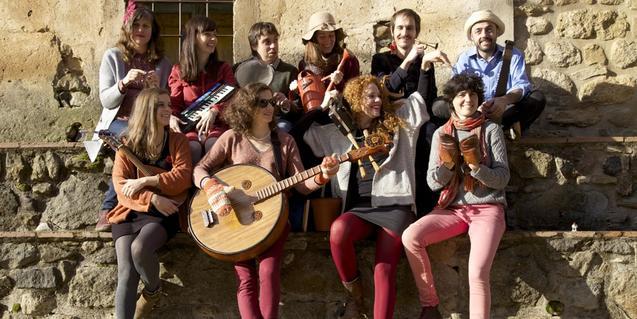 L'Orchestra Fireluche. Fotografia d' Anna Bordonada