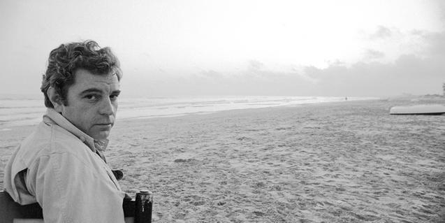 Juan Marsé a la platja de Calafell l'any 1978. Foto: Jordi Socias
