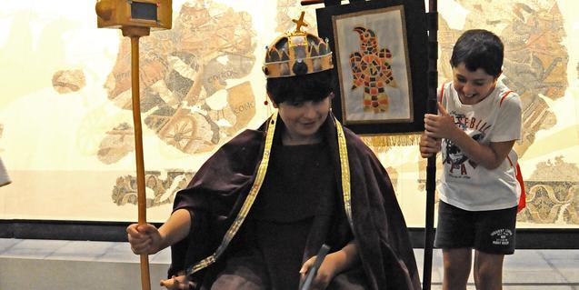 Coronarem Ataülf? Fotografia Luz Gámiz, arxiu del Museu d'Arqueologia de Catalunya.