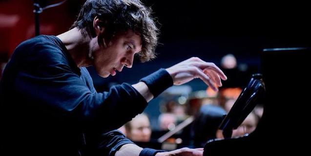 Francesco Tristano tocará en el aduitorio de la CASA SEAT el día 11 de julio en el ciclo Liceu Vermut