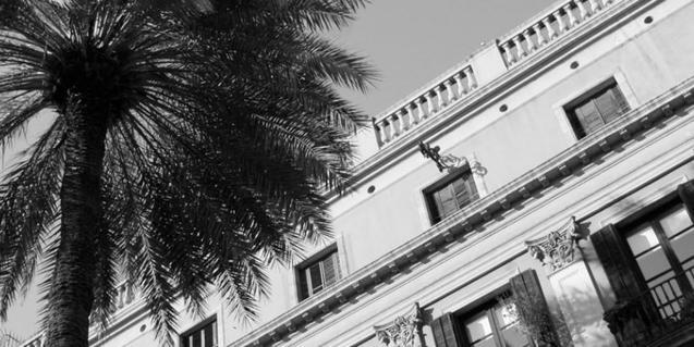 La exposición se puede ver en la Fundació Setba, en un piso de la plaza Reial