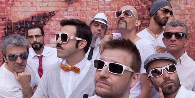 La banda es 'desendolla' en el seu vintè aniversari