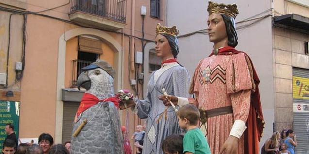 Els gegants sortiran en cercavila a la Festa Major del Poblenou