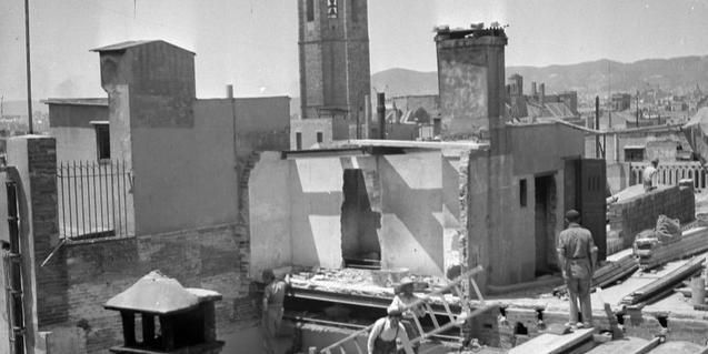 Casa de Joan Miró al passatge del Crèdit de Barcelona, una de les fotografies de Joaquim Gomis que s'exposen