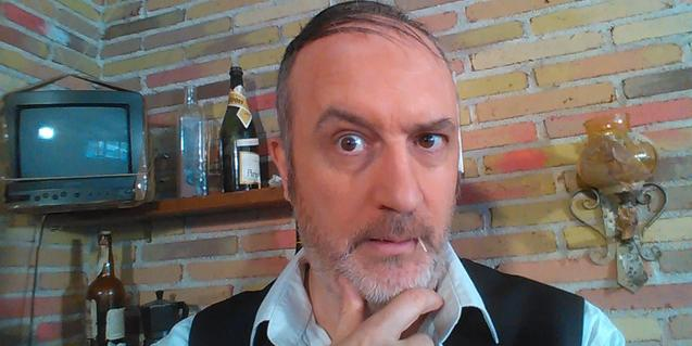 El actor Eduard Biosca en el papel de Senyor Bohigues