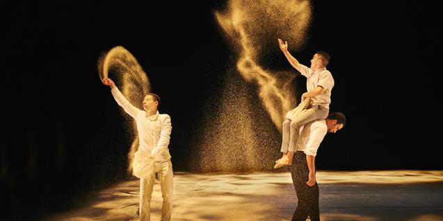 Un moment de l'espectacle 'Halka'. © Richard Haughton