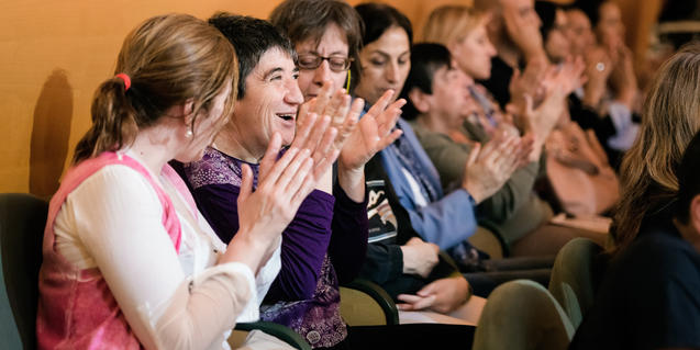 Diversos espectadors a l'Auditori en una anterior edició de la Setmana Apropa Cultura