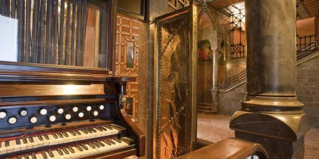 Una imatge de l'interior del Palau Güell
