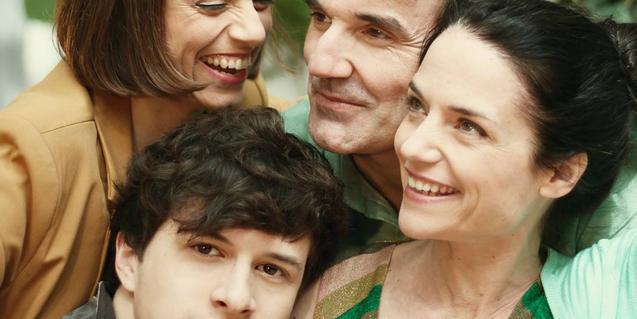 Retrat de grup dels quatre actors que interpreten els personatges de l'obra