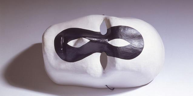 Una de las obras de Brossa presentes en la muestra