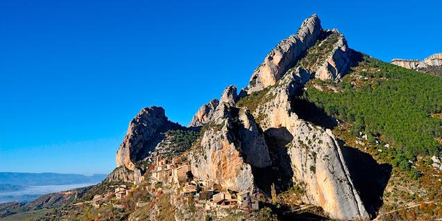 Foto del anticlinal de Sant Corneli, de Jordi Lluís Pi