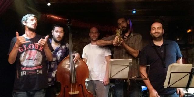 Retrat de grup dels integrants del quintet