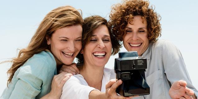 De izquierda a derecha, Cristina Genebat, Clara Segura y Marta Marco