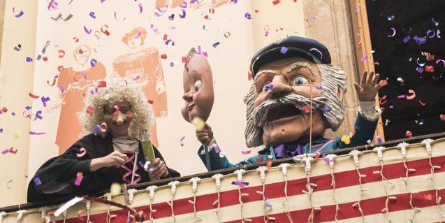Festa al balcó de La Casa dels Entremesos. Foto: Clara Soler.