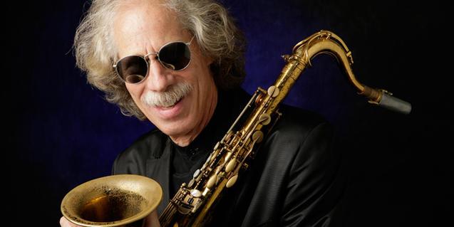 El músico Lou Marini