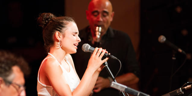 Andrea Motis and Joan Chamorro a the Mas i Mas Festival