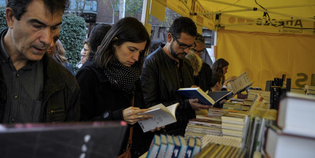 Readers at last year's fair
