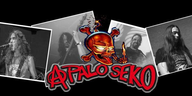 Retrats dels quatre membres de la banda, amb el logo de la formació