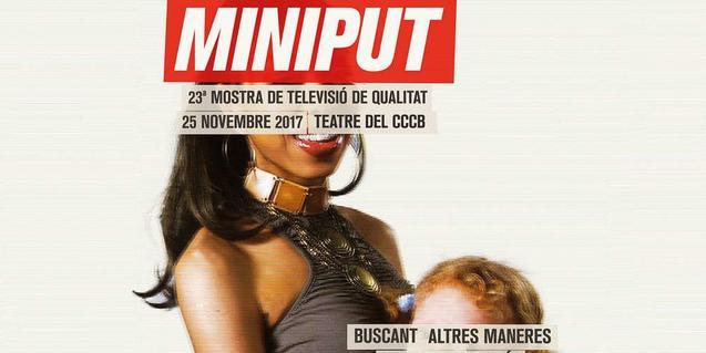 La imatge d'una dona i un nen intencionadament oculta darrere les lletres que formen el nom del festival