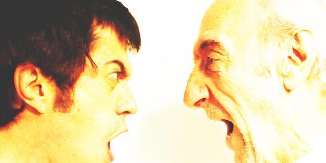 Los rostros de un actor joven y uno de edad, en el cartel de la obra