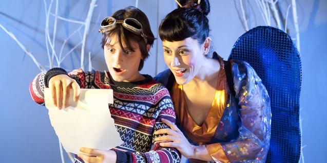 Fotografía de dos de los protagonistas de la obra