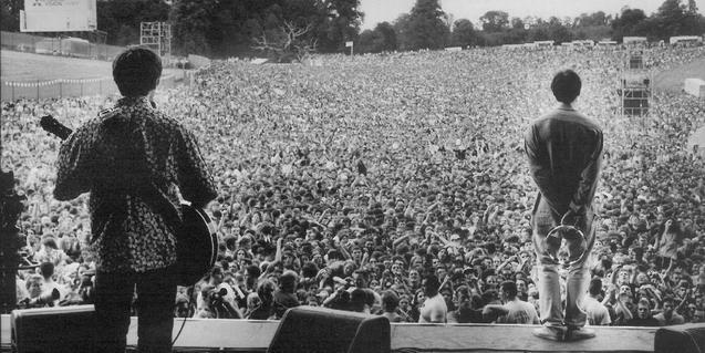 Imatge d'un dels concerts d'Oasis el 1996 a Knebworth Park