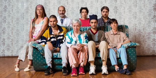 Foto de familia de los Coleman, que estos días ocupan el Teatre Romea