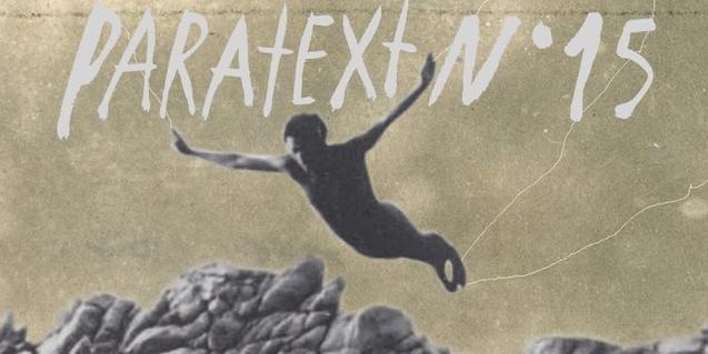 Un cartel con una antigua fotografía de un hombre lanzándose al agua