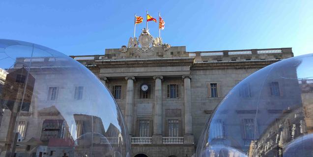 La instal·lació està basada en un poema de Josep Vicenç Foix