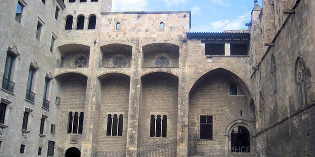 Los edificios de la plaza del Rei forman parte de la visita al Museu d'Història de Barcelona