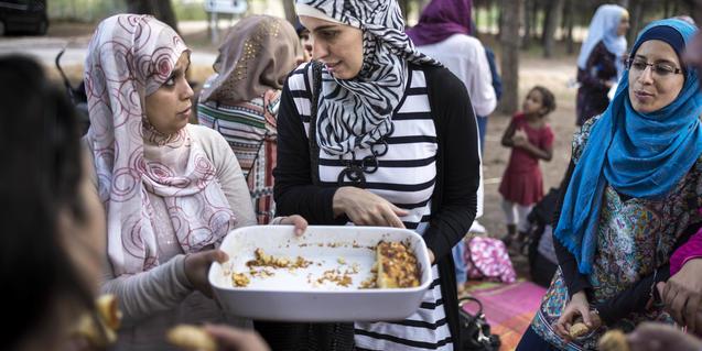La presencia de habitantes originarios de Marruecos se hace hoy evidente en muchas poblaciones catalanas
