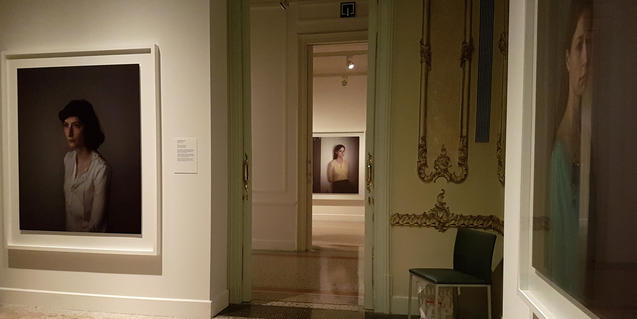 Fotografia d'EGM de l'exposició de Richard Learoyd a la Fundació MAPFRE Barcelona