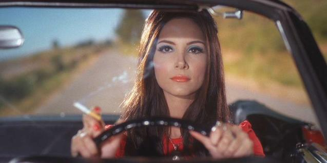 Samantha Robinson in 'The Love Witch'