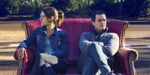 Anna Alarcón y Xavi Sáez en una imagen promocional de 'Sé de un lugar'